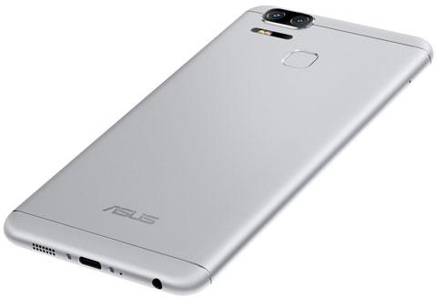 Imagen adjunta: 7-silver-Asus-Zenfone-3-Zoom.jpg