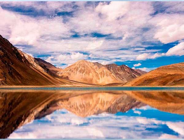 Imagen adjunta: efecto reflejo agua photoshop.jpg